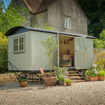 Plankbridge shepherd's hut garden office