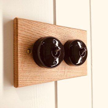 Plankbridge traditional light switches on oak pattress